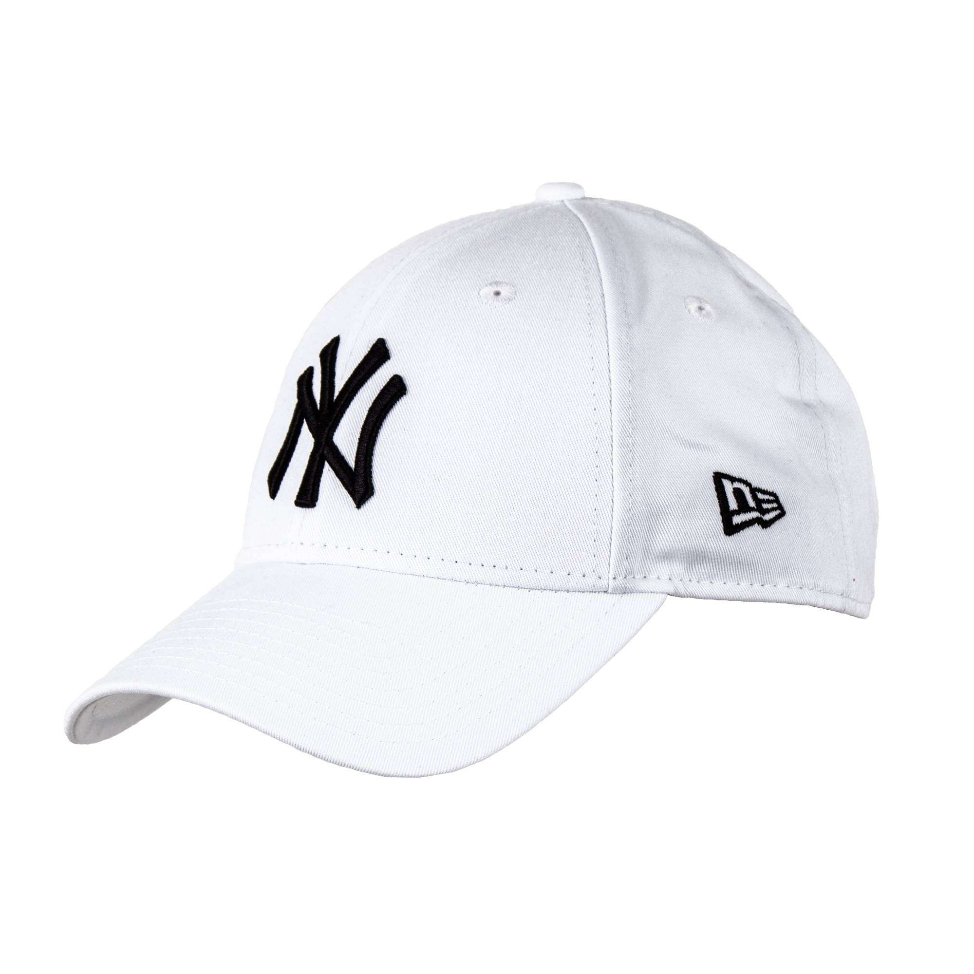 8c34175e343bf NEW ERA - Adjustable Peaked Cap NY Yankees 9 Forty. White. Loading zoom